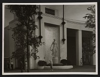 view View of Gaetano Cecere's sculpture <em>American womanhood</em> outside of the New York World's Fair Home Furnishings building digital asset number 1