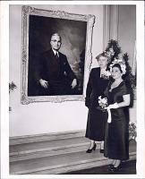 thumbnail image for Greta Kempton with Margaret Truman standing before Kempton's first portrait of Harry S. Truman