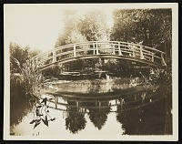 thumbnail image for Bridge in Giverny, France
