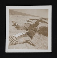 thumbnail image for Lee Krasner and Robert Motherwell on the beach