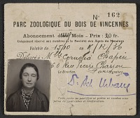thumbnail image for Cornelia Chapin's membership card for the Parc Zoologique du Bois de Vincennes, Paris