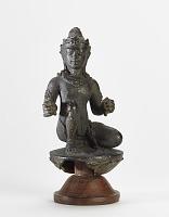 view Kneeling male deity digital asset number 1