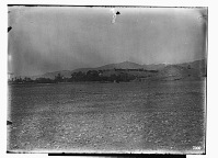view Vicinity of Nishapur (Iran): Distant view of Qadamgah Shrine and Village digital asset: Vicinity of Nishapur (Iran): Distant view of Qadamgah Shrine and Village [graphic]