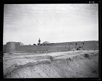 view California-Arabian Standard Oil Co. Saudi Arabia Expedition; Hufuf (Saudi Arabia); City Walls; Mosques. [photograph] digital asset number 1