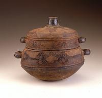 view Lidded bowl digital asset number 1