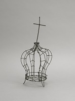 view <I>Wire frame, crown & cross, small</I> digital asset number 1