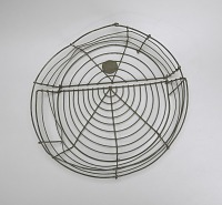 view <I>Wire frame, pillow with hinge, round</I> digital asset number 1