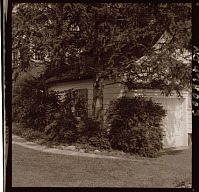 view [Unidentified Garden in Short Hills, New Jersey, No. 2]: house, porch, and adjacent plantings. digital asset: [Unidentified Garden in Short Hills, New Jersey, No. 2] [photonegative]: house, porch, and adjacent plantings.