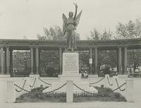 view Greenpoint War Memorial [sculpture] / (photographer unknown) digital asset number 1