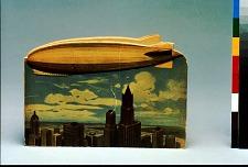 Leb Wohl! Da ist der Zeppelin, mit dem fahr nach Neuyork ich hin