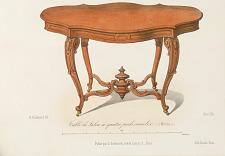 Table de Salon à quatre pieds consoles à Moulures.