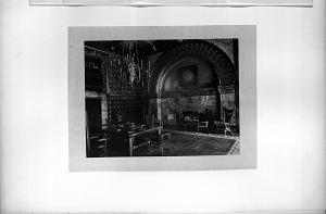 Mr. R. H. White's Parlor.