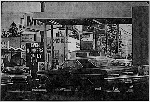 Cars lined up to buy gas, Portland, Oregon, late 1973