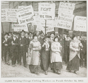 15,000 striking ACWA clothing workers on parade, Chicago, October 12, 1915