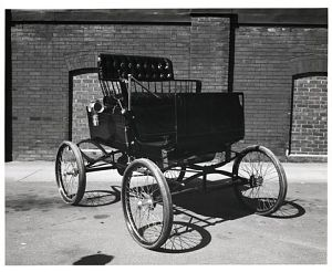 Locomobile Steam Automobile, ca 1901