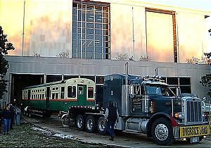 Moving CTA car 6719 into the National Museum of American History, January 7, 2003
