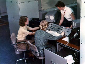 Women at the console of a Ferranti Mark I*, around 1953