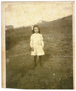 Marie Thomas, great-granddaughter of Free Frank, near New Philadelphia, Illinois, early 1900s