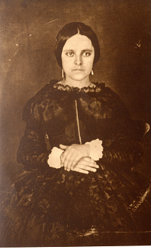 Ysabel Varela Del Valle near the time of her marriage, around 1852