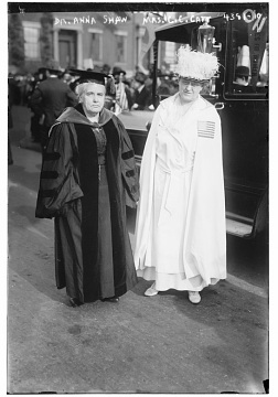 Anna Howard Shaw and Carrie Chapman Catt at a New York suffrage parade, 1917