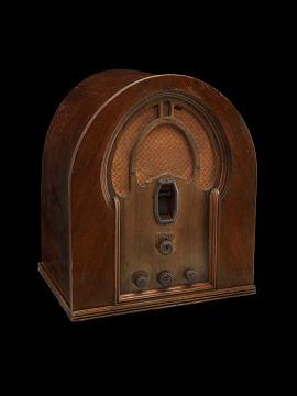 Philco 16B Cathedral Radio, 1931
