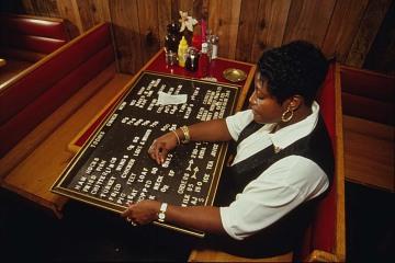 E & A Soul Food Restaurant, 1994