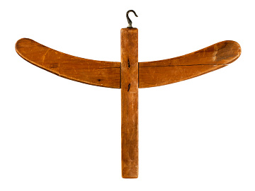 Coat hanger made by Icarians, used by Icarian women, around 1850
