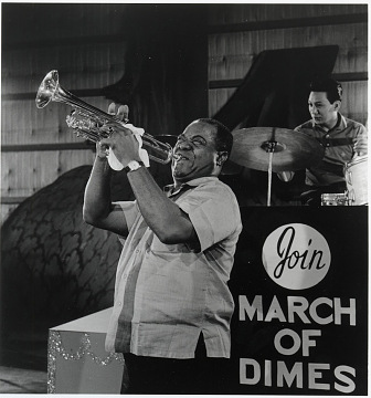 March of Dimes promotional photograph of Louis Armstrong at a fund-raiser, around 1959