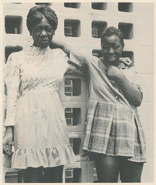Mary Alice and Minnie Lee Relf, 1973