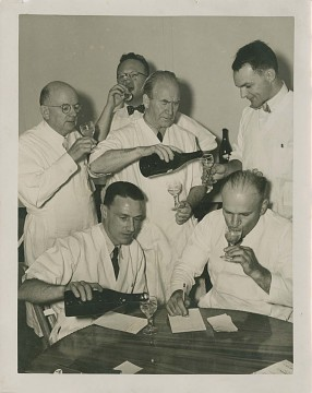Wine tasting at California State Fair, 1938