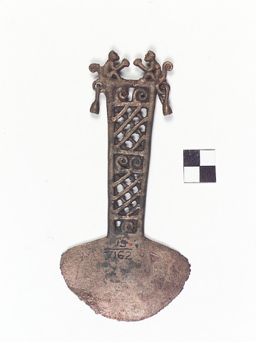 Image 1 for Axe head/Votive axe