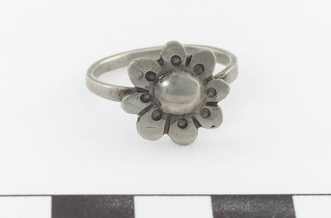 Image 1 for Finger ring