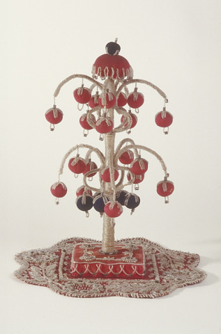 Image 1 for Beaded sculpture representing Iroquois Great Tree of Peace