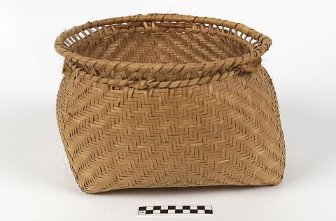 Image 1 for Burden basket with burden strap/tumpline