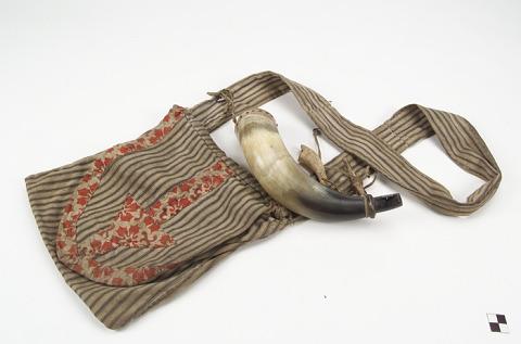 Image 1 for Powder horn and ammunition/cap bag