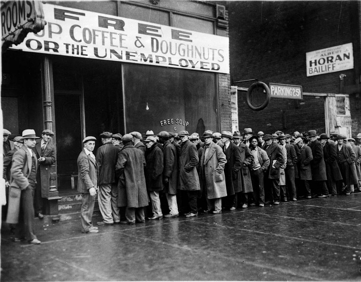 Unemployed men outside a Chicago soup kitchen, 1931