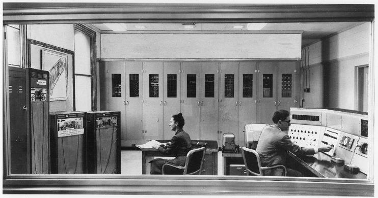 SEAC with operators, around 1952