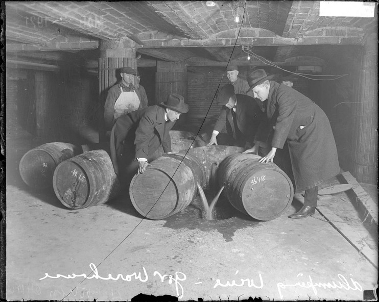 Dumping wine, Chicago, Illinois, 1921