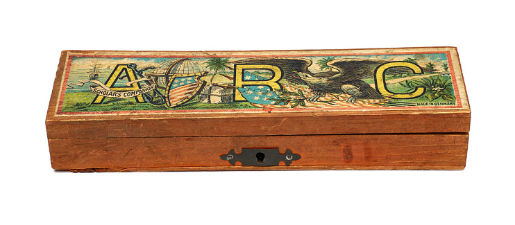 Patriotic pencil box, 1900–1902
