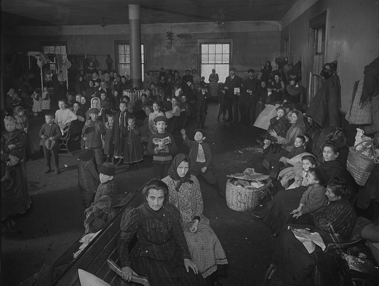 Immigrant families on Ellis Island, about 1910