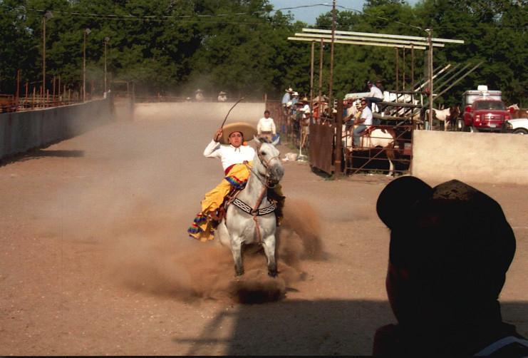 Escaramuza performing La Punta, a dangerous horsemanship maneuver