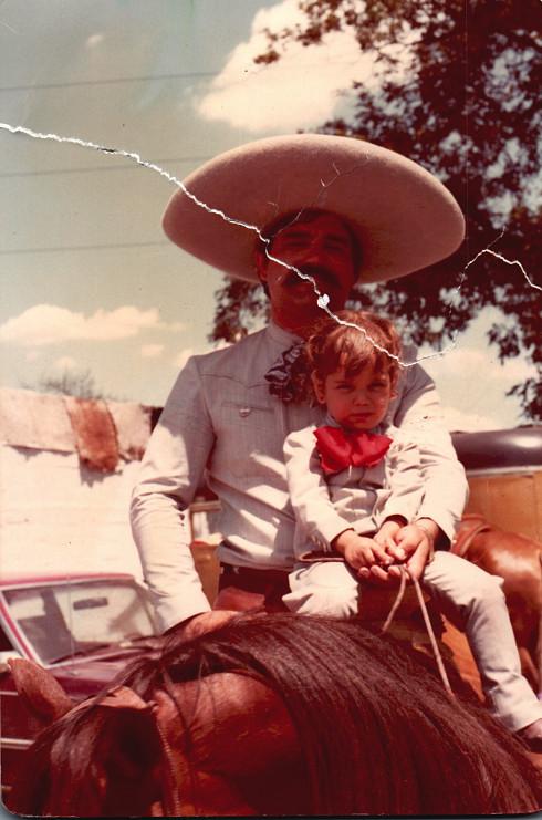 A young Verónica Dávila with her father, Hernando Dávila