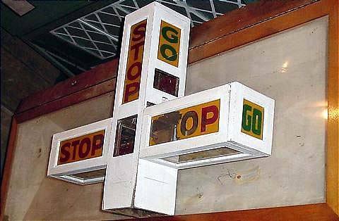 加勒特·摩根交通信号,1923 年