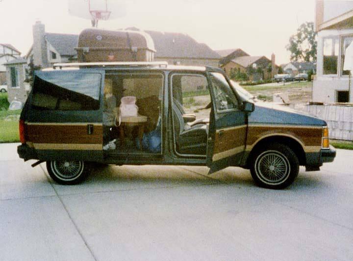 Dodge Caravan, 1986 г.