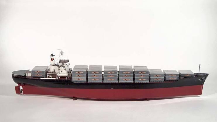 Modell eines Containerschiffs von 1969