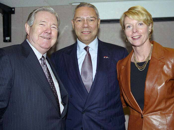 Frank Bennack (left), chairman of the Newspaper Association of America, with Retired General Colin Powell, and Cathie Black, president of the association, circa 1990