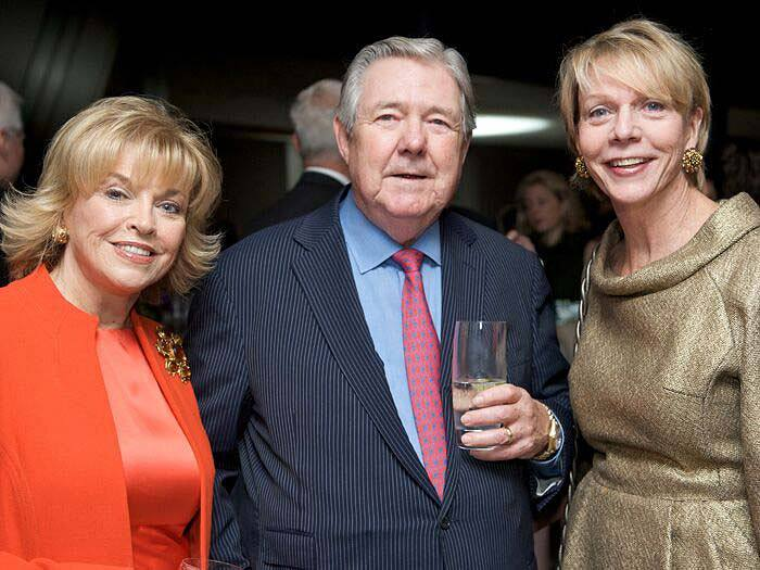 Frank Bennack with Pat Mitchell, CEO of The Paley Center for Media (left), and Cathie Black, president of Hearst Magazines, circa 2009