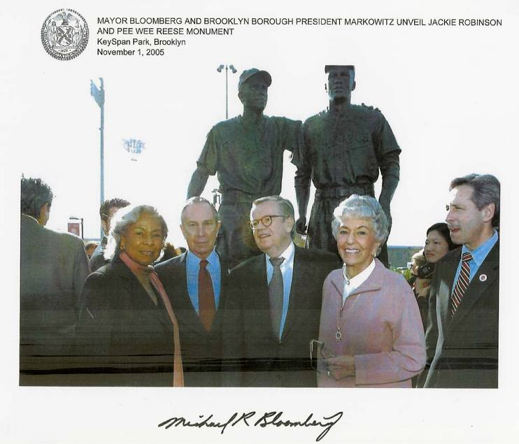 Bob Daly and Mayor Michael Bloomberg at the unveiling of the Jackie Robinson and Pee Wee Reese Monument, flanked by the baseball legends' wives, Rachel Robinson and Dorothy Reese