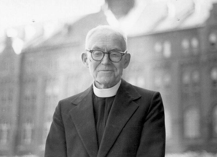 Father Joseph Durkin, Leonsis's mentor at Georgetown University