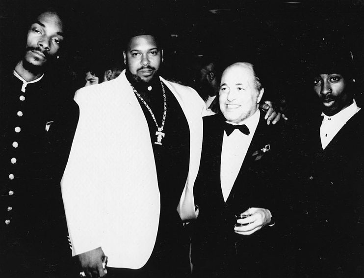 Left to right, Snoop Dogg, Suge Knight, Doug Morris and Tupac Shakur at Atlantic Records Grammy Party, 1993